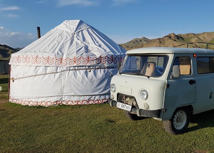 Kirghisistan 700×500 (1)