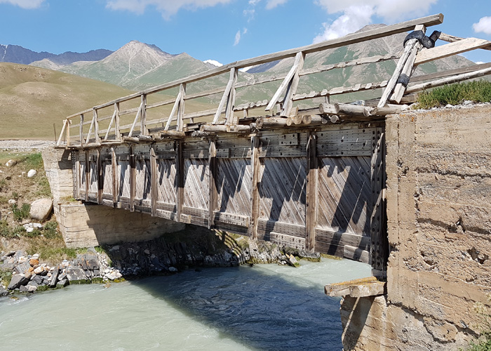 Kirghisistan 700×500 (96)